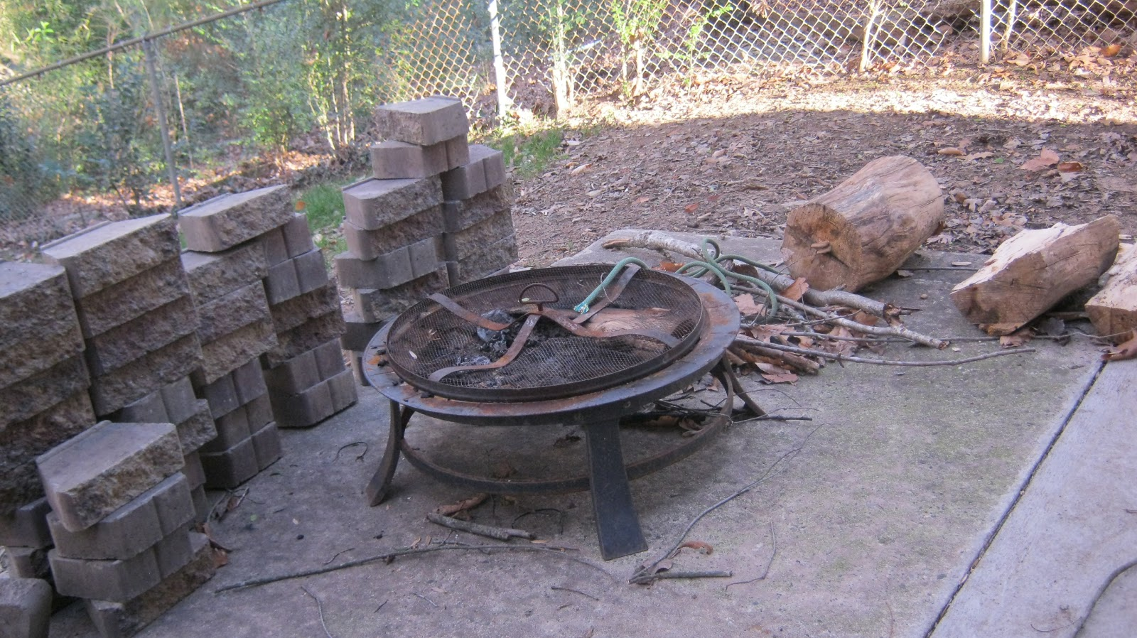 My everyday exceptional diy making a patio fire pit for Diy fire pit plans
