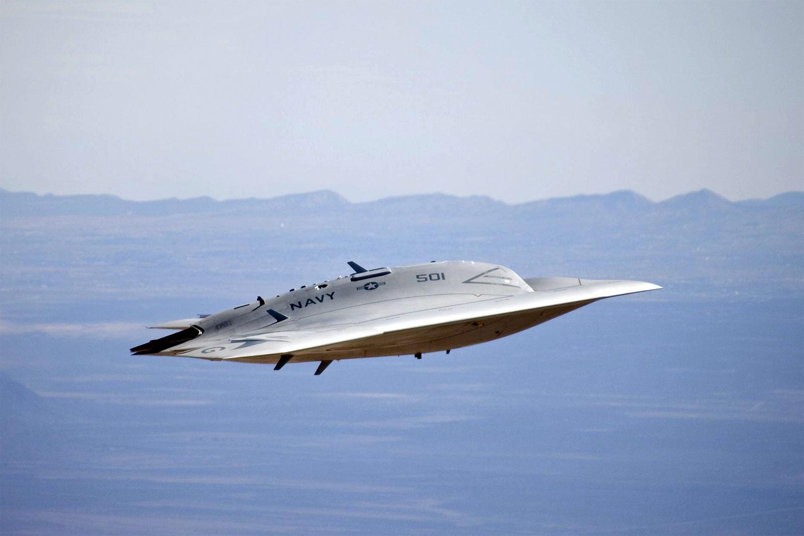 47b unmanned combat air system (ucas)