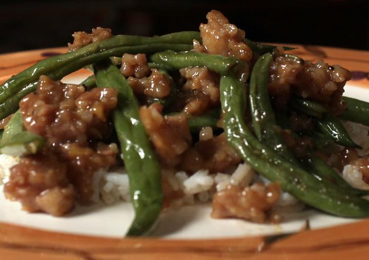 The 99 Cent Chef: Green Beans & Ground Pork Stir Fry - Video Recipe