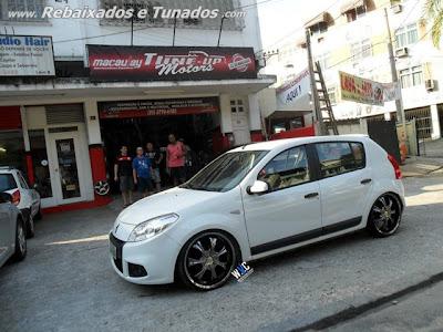 Renault Sandero tunado