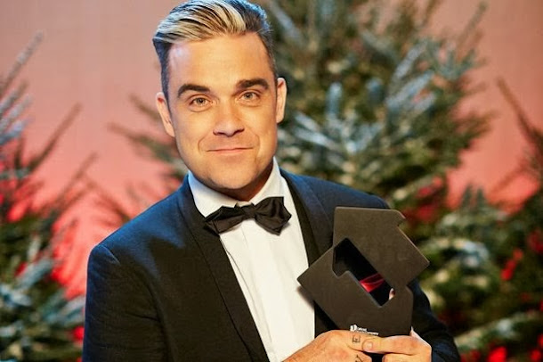 Robbie Williams assume que fuma cannabis