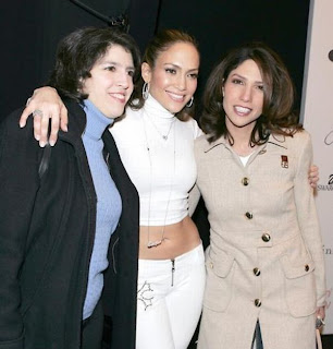 Jennifer Lopez and her sisters Lesley and Linda