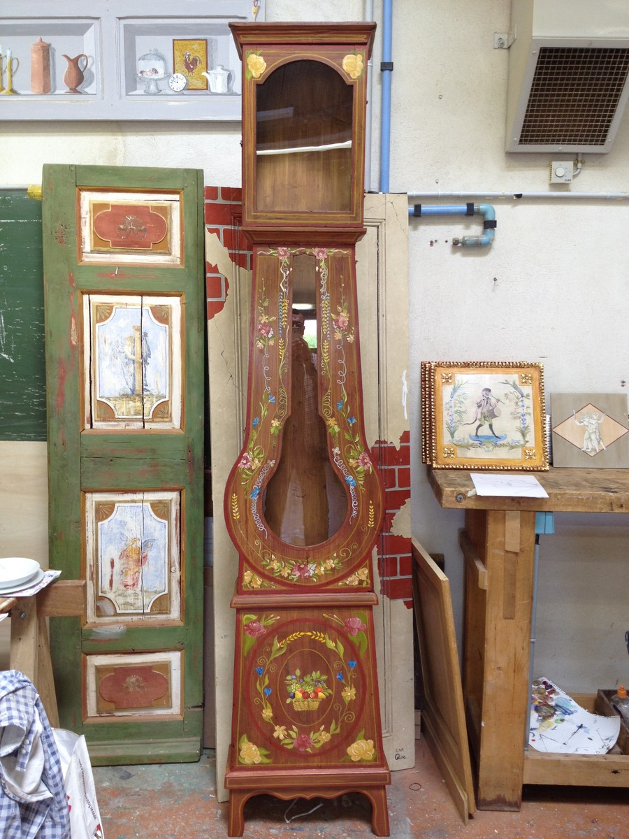 L 39 appel du bois peinture sur meuble horloge comtoise patin e for Peinture patinee