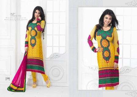 Ayesha-Takia-Salwar-Kameez