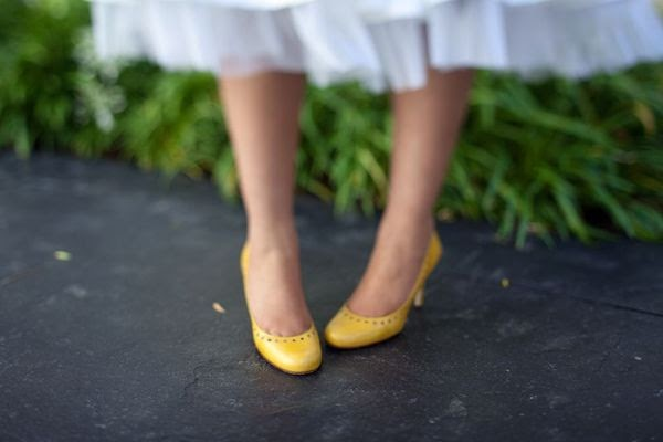 wedding lady yellow wedding shoes