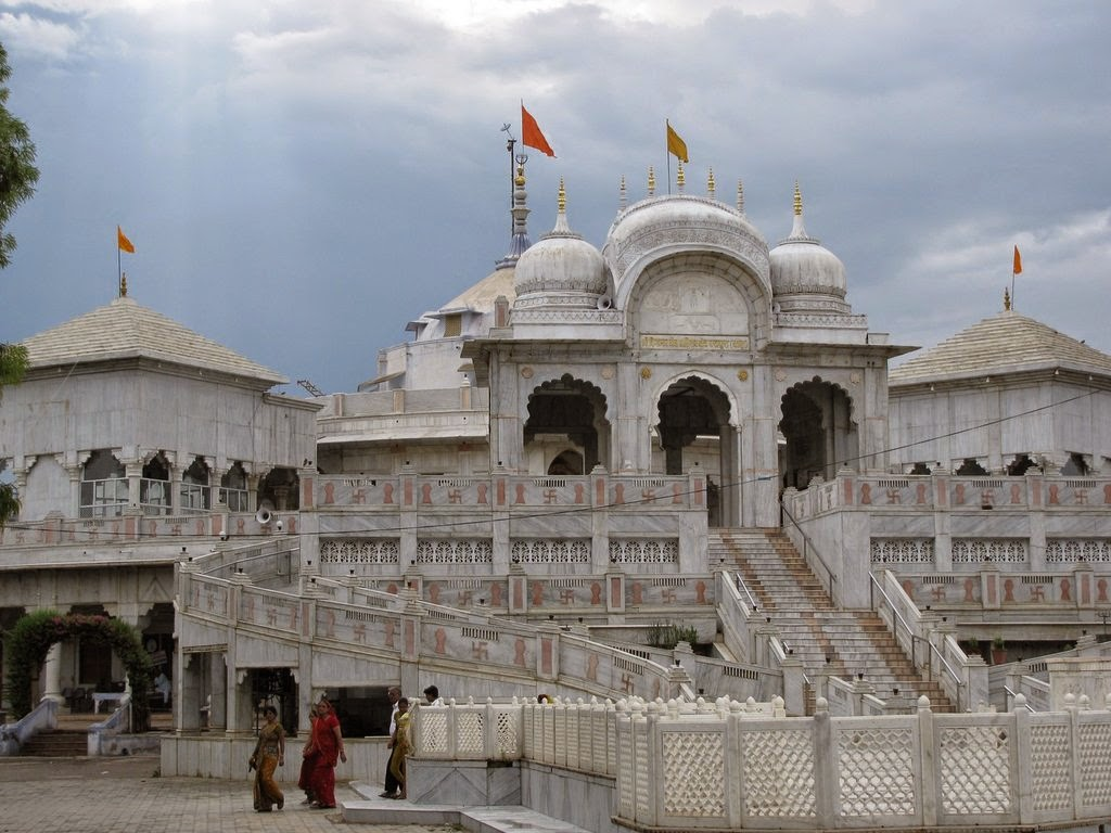Car Rental services in jaipur , Taxi Services in Jaipur ...