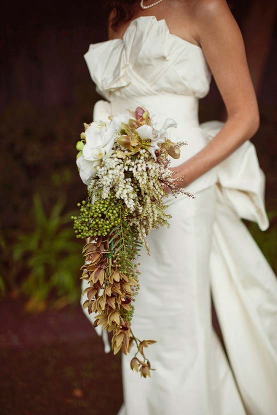 Platinum Touch Events Trend Alert Cascading Bouquets