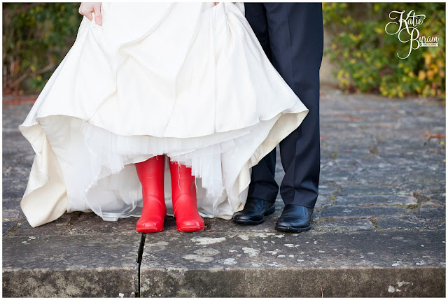 red wedding, red wellies wedding, red wellies, kirkley hall, kirkley hall wedding, northumberland wedding, kirkley hall wedding photos, northumberland wedding venue, wedding halls north east, kirkley college wedding,  winter wedding, katie byram photography, floral quarter, red rose bouquet, thistle wedding,