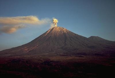 10 Puncak Gunung Tertinggi Di Pulau Jawa Dan Ketinggiannya Klik Geografi