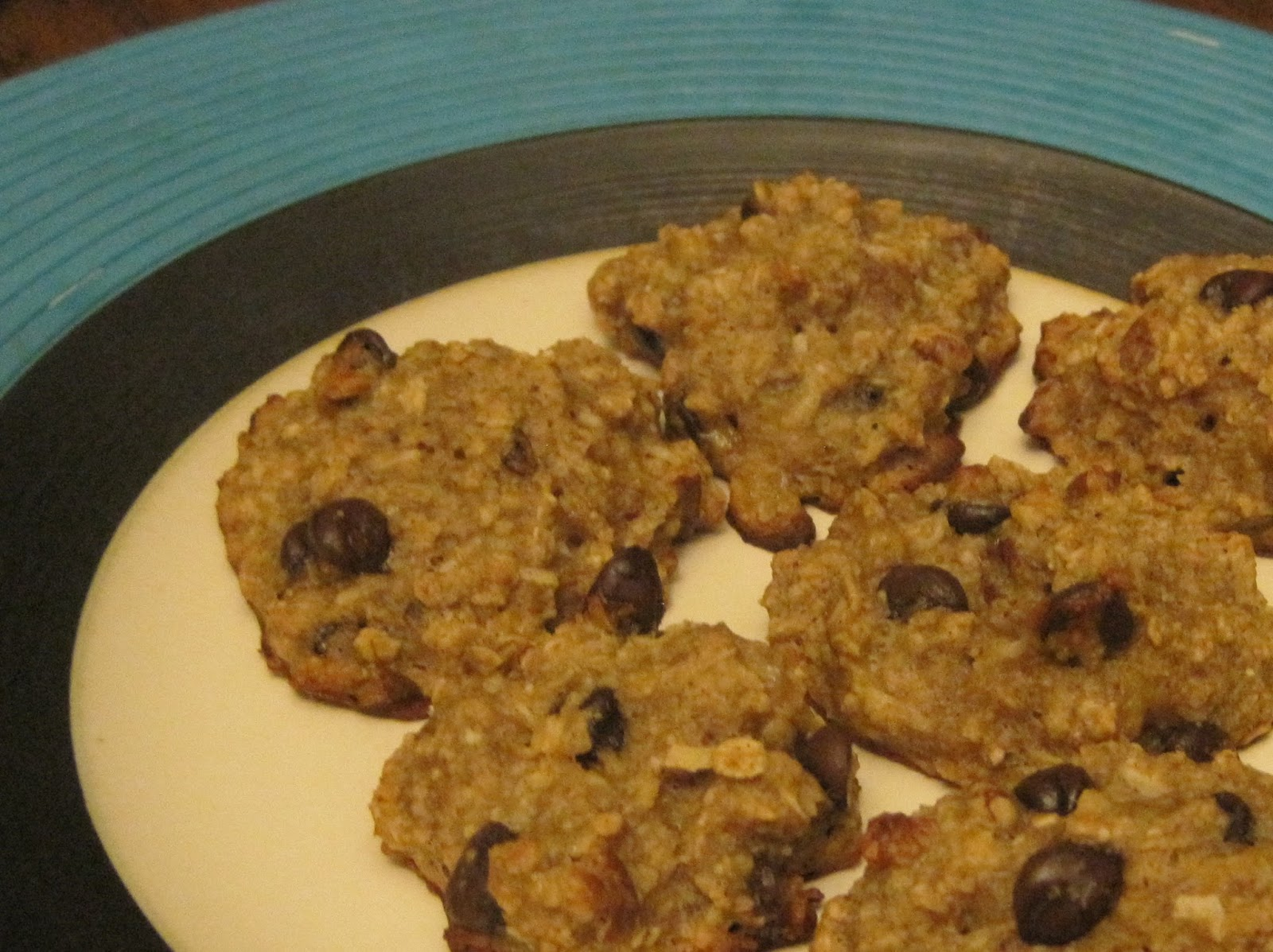 Peanut Oatmeal Cookies, chocolate chips glistening!