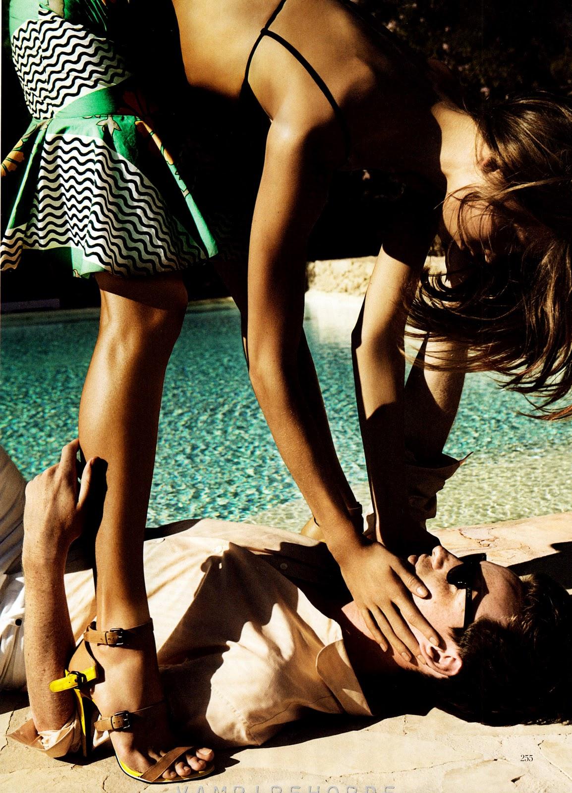 Smartologie Karlie Kloss For Vogue Us December 2011 By