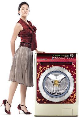 Lavadora con muchacha bien