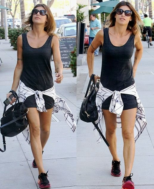 Elisabetta Canalis is not one to shy away from saying good night to her ex-boyfriend, George Clooney. And during enjoyed some down time, the Italian beauty was spotted to walking alone at the street in Beverly Hills, USA on Wednesday, October 1, 2014 in a blue mini dress.