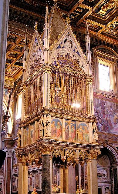 São João de Latrão é um dos troféus mais preciosos  da igreja constantiniana