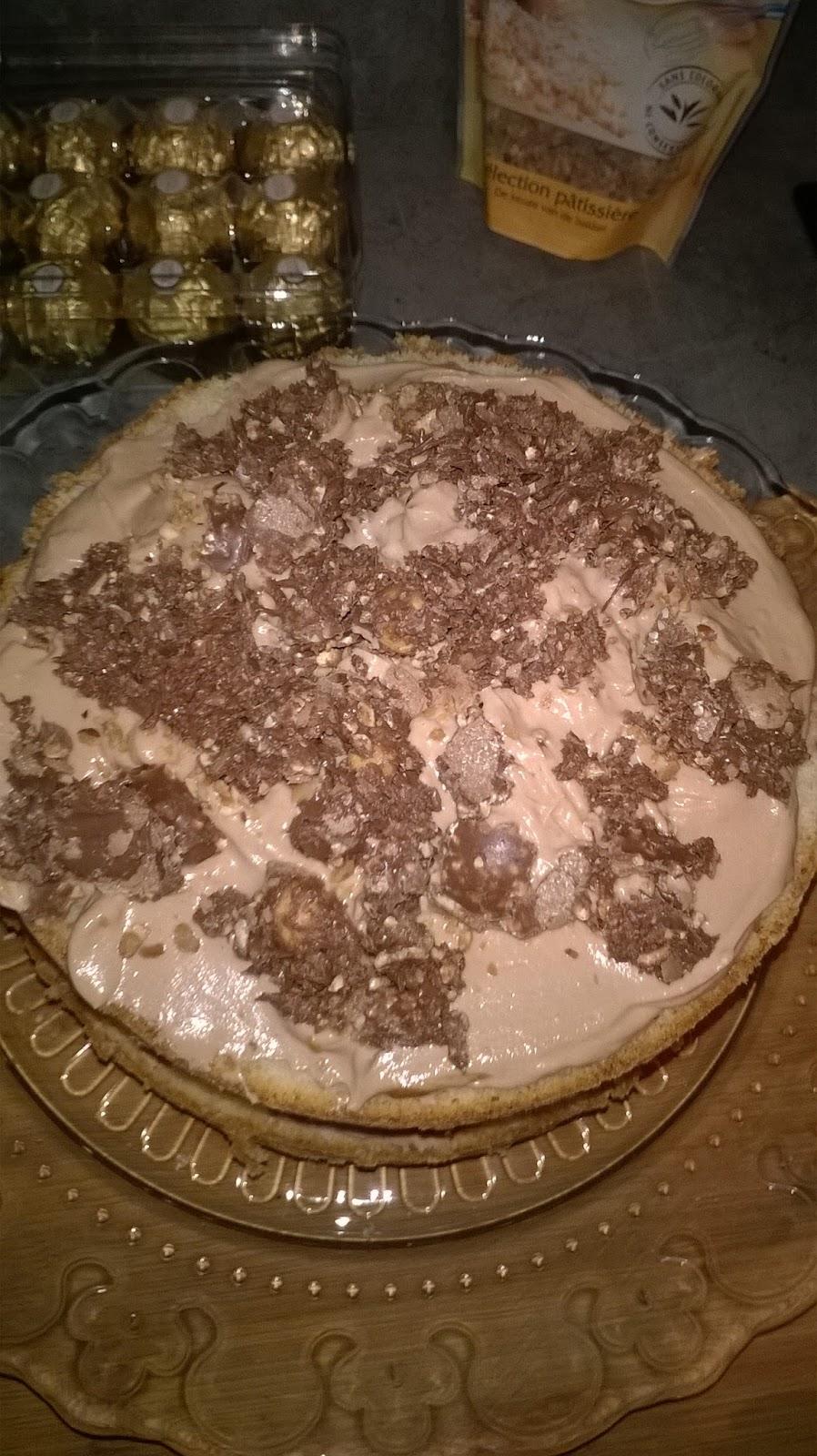 Les gourmandises de roussi layer cake au ferrero - Couler une douille ...