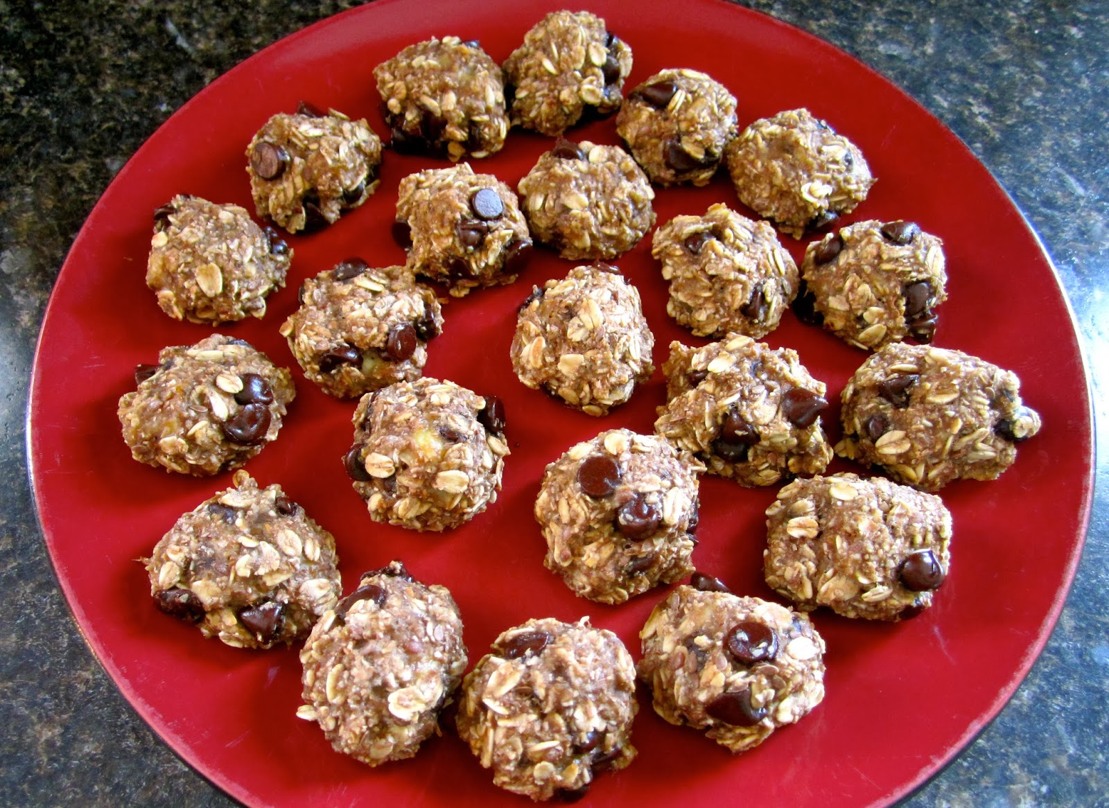 food, three ingredient recipes, 3 ingredient recipes, 3 ingredient banana oatmeal chocolate chip bites, kids' recipes, school snacks, baking, cookies, healthy cookies, bananas