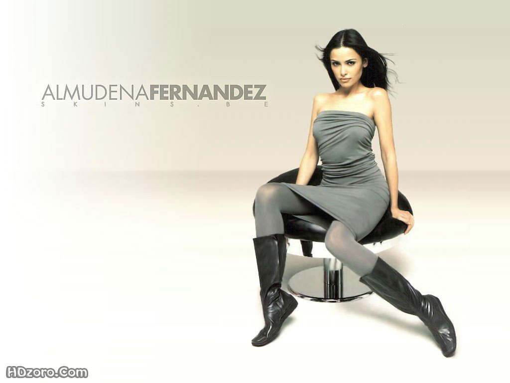 http://4.bp.blogspot.com/-gp7Gm6kKR_E/UT6kppmRtnI/AAAAAAAAPic/3VSCqRqHHpo/s1600/Almudena+Fernandez+6.jpg