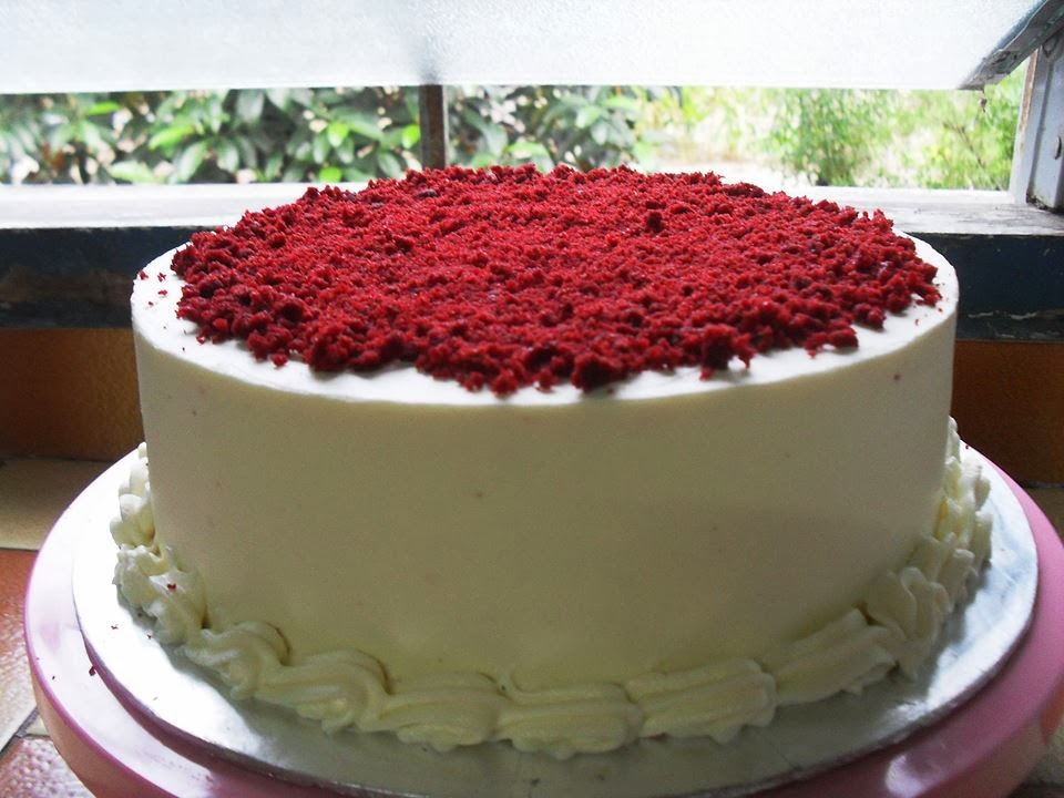 Red Velvet Cake with Cream Chesse