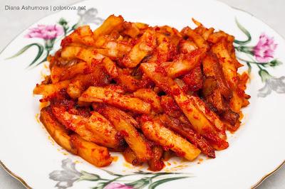 картошка с томатной пастой
