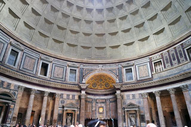 Centre historique, Panthéon, Rome, Roma, Italie, tourisme, colonne, photo, blog, tourisme,