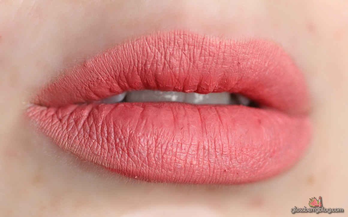 ofra nude mix ultimate red sao paolo bel air long lasting liquid lipstick lipcolor lipswatch swatch review סקירה המלצה שפתון עפרה עמיד נוזלי מאט ניוד בז' סאו פאולו מעורבב גלוסברי בלוג איפור וטיפוח glossberry beauty blog