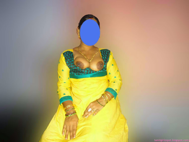 local sexy ass form desi wife sex images   nudesibhabhi.com