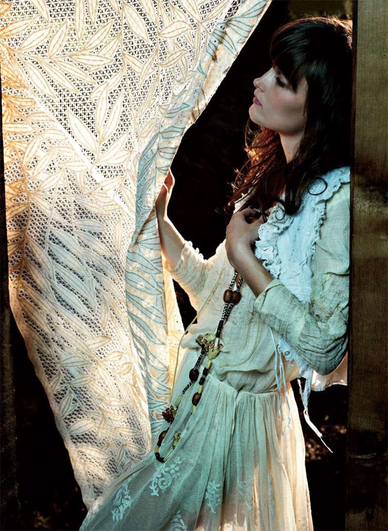 Elle UK March 2011 (photography: Matthias Vriens McGrath, styling: Anne-Marie Curtis)