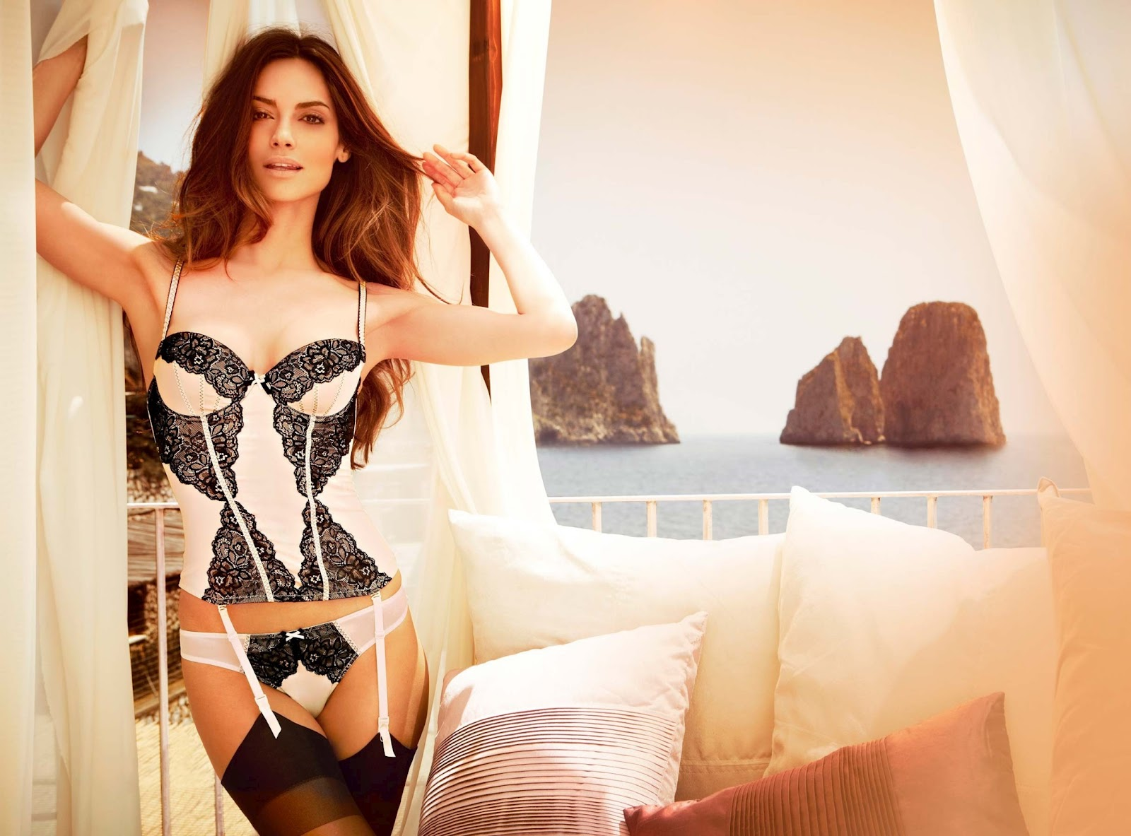 Yamamay Lingerie Fall 2012 featuring Ariadne Artiles