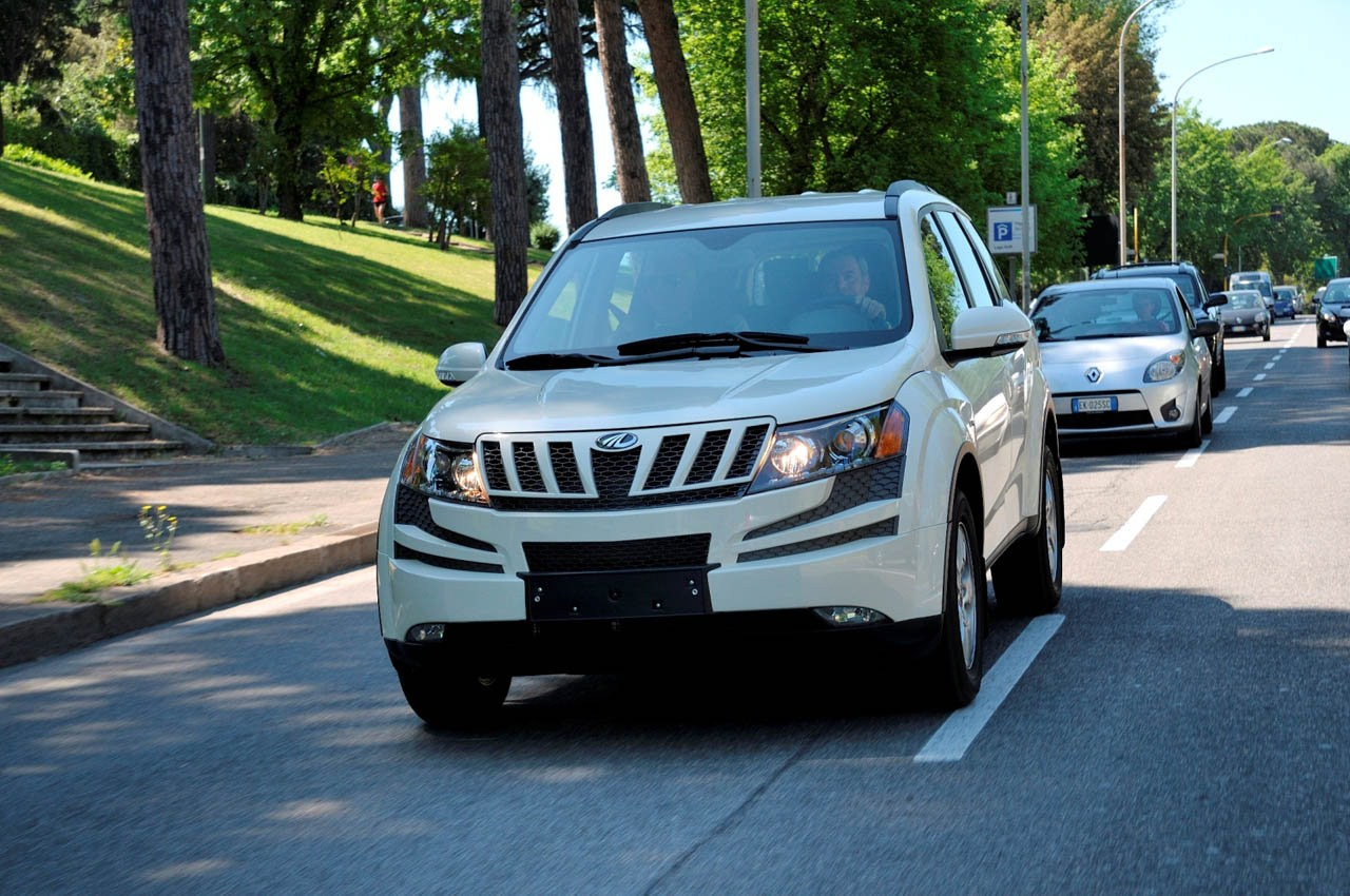 mahindra xuv 500 cars prices wallpaper specs review
