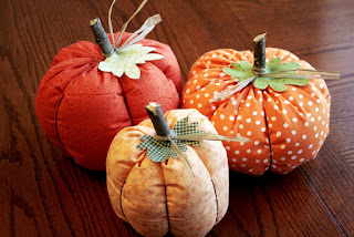 http://www.craftbuds.com/fabric-pumpkins-tutorial/