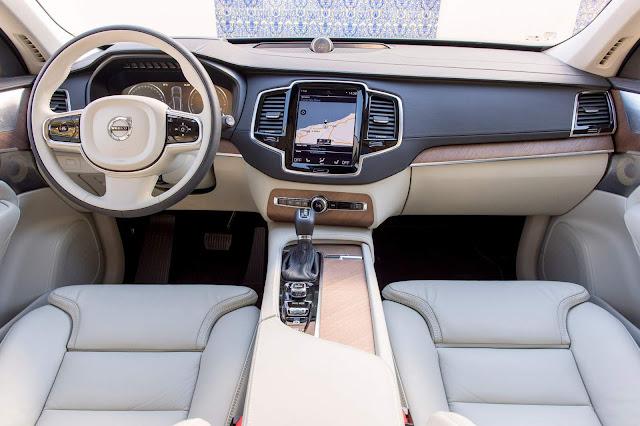 Novo Volvo XC90 2016 - interior