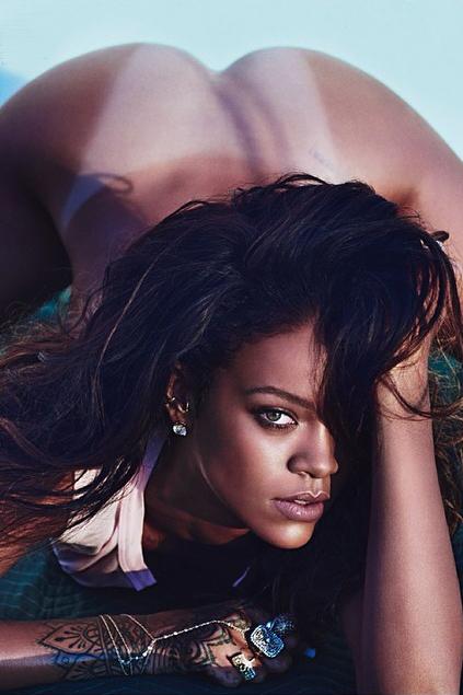 Rihanna-lui-magazine-cover-topless-2014