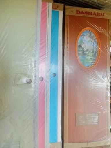 pintu PVC ini lebih sering di gunakan untuk pintu kamar mandi ...