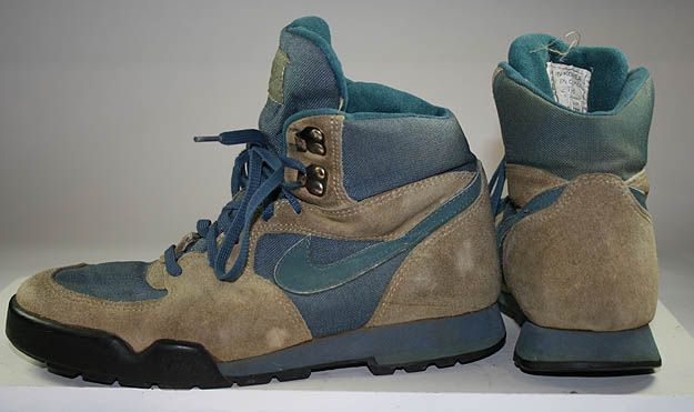 Vintage Nike Acg Shoes For Sale