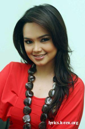 Hingga putri pasangan Tarudin Ismail d an Siti Salmah Bachik ini ...