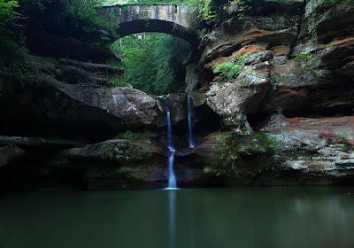 Old Mans Cave Hocking Hills Ohio