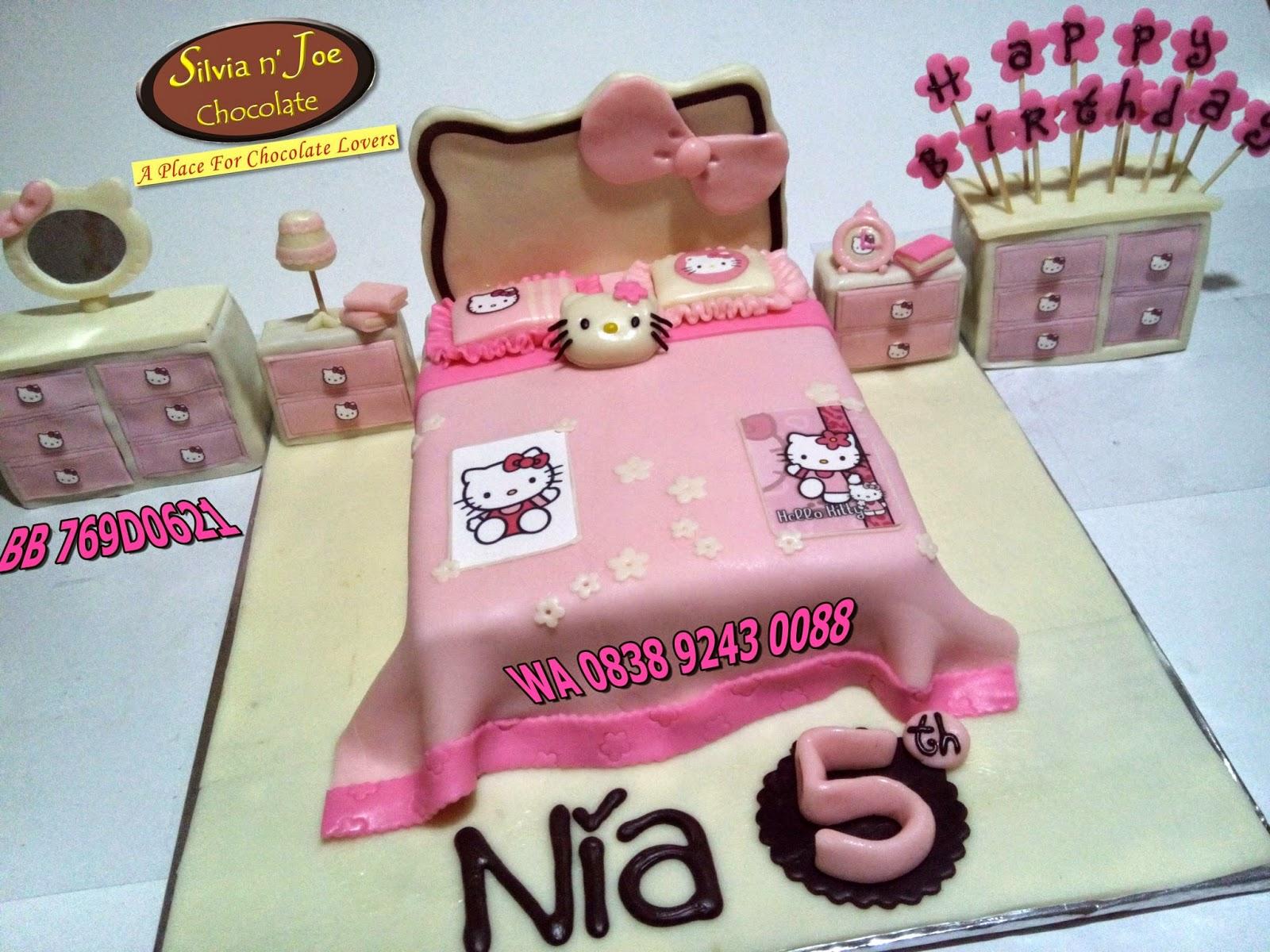 CAKE MALANG, TART POOR, POOR CHOCOLATE, CAKE HELLO KITTY, HELLO KITTY CAKE ROOM