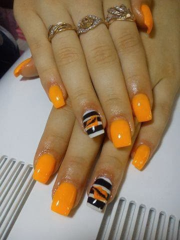 Orange Nails Arts Ideas.