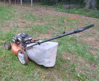 lawnmower bag to collect grass clippings