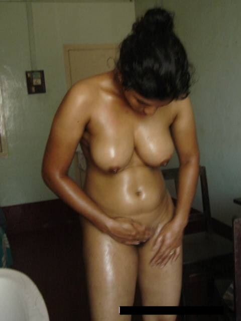 Wet South Indian Bhabhi