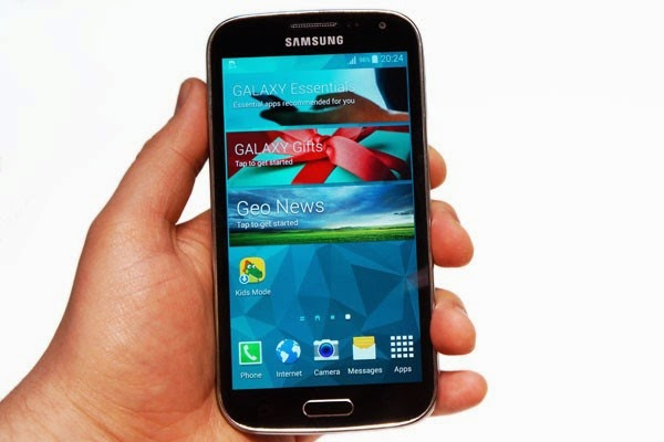 Galaxy S4 Zoom Vs Galaxy K Zoom