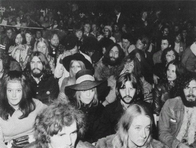 Crowd For Dylan Concert