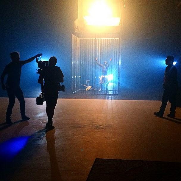 fotos de lil wayne grabando el video de hollyweezy