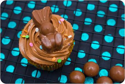 Malteser Easter cupcake