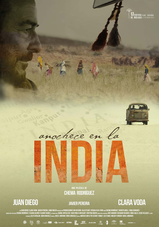 Anochece en la India (2014)