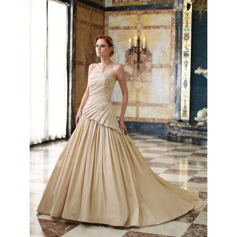 Wedding lady gold wedding dress for Wedding dresses in color