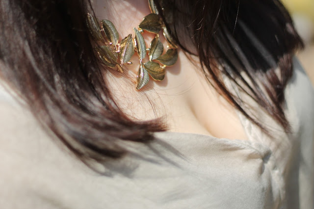 beige, gold, necklace