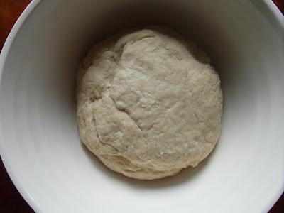 wyrobione ciasto pszenne