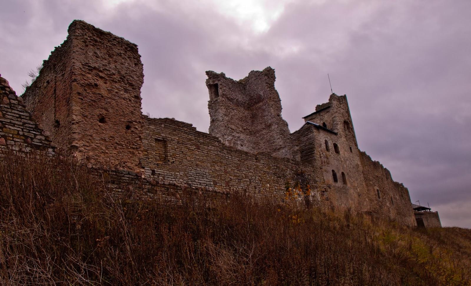 Экскурсии по Эстонии. Крепость Раквере