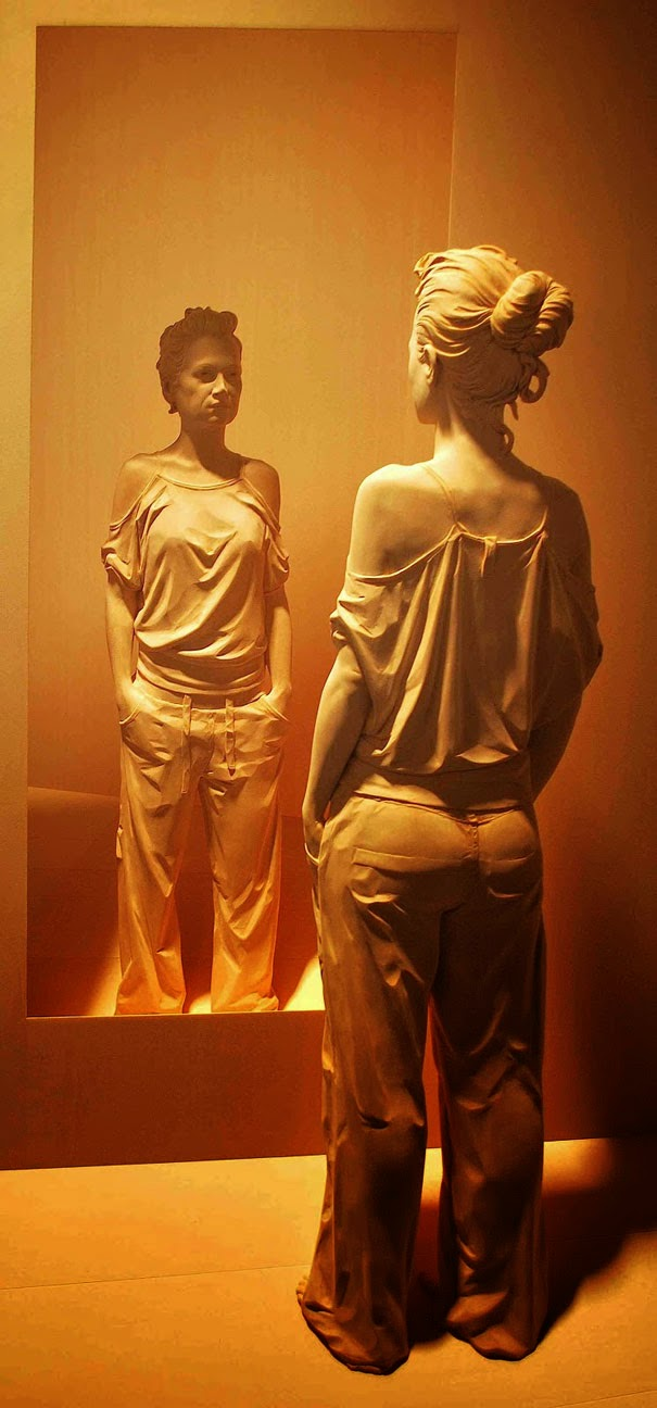 realistic wooden sculptures peter demetz-1